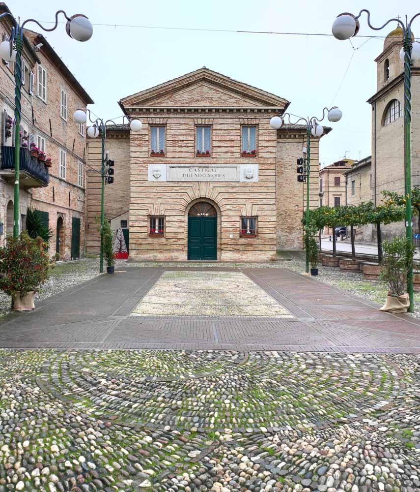 Piazza Porto San Giorgio