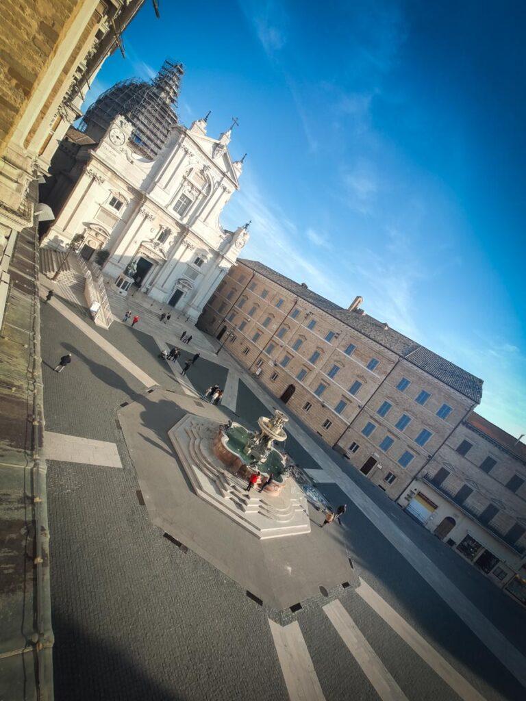 Loreto, piazza della Madonna