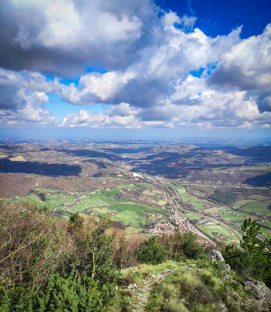 visuale dal Monte Murano verso tutta la Vallesina