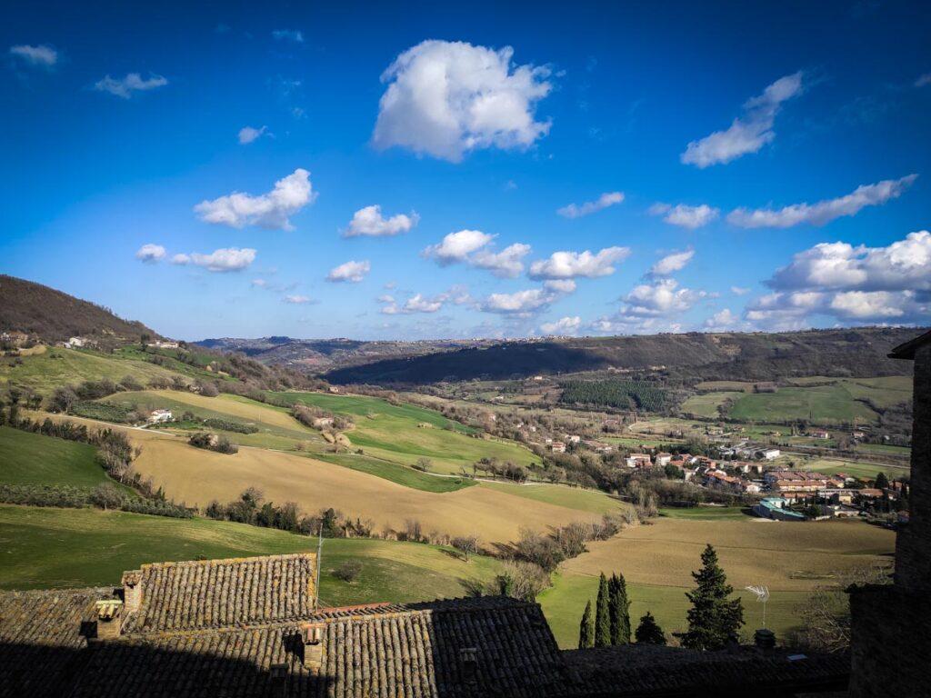 Serra San Quirico, vista sulla vallata