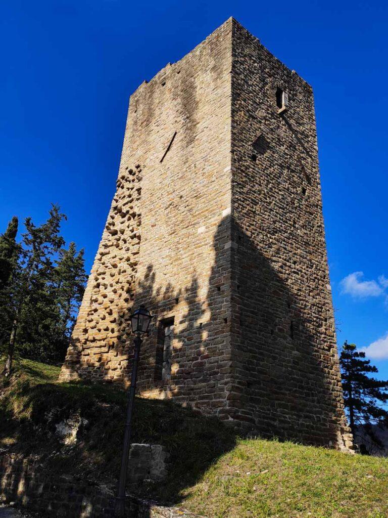 Cassero, Serra San Quirico
