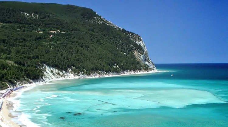 piu belle spiagge ancona