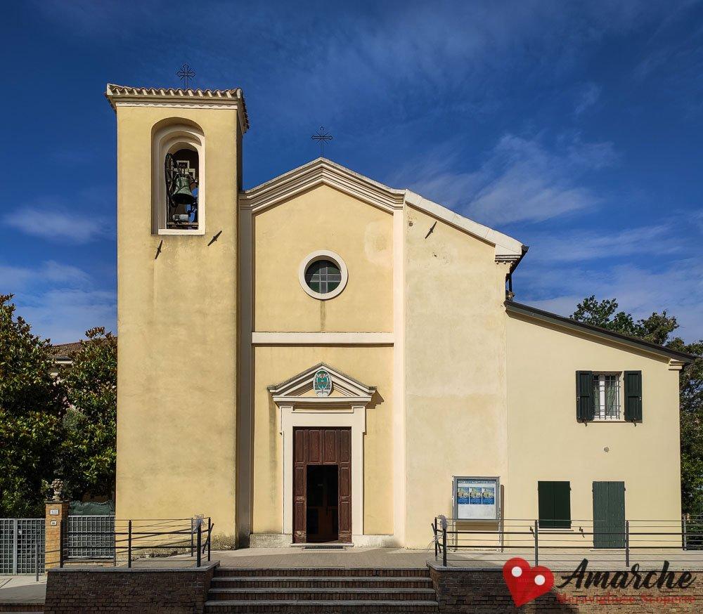 Chiesa di San Ermete Gabicce Monte esterno